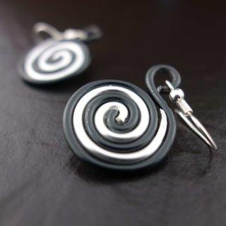 Ohrringe - Schwarz-silberne Schnecke