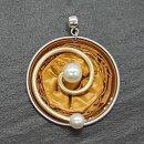 Livanto mit Drahtbogen und Perlen